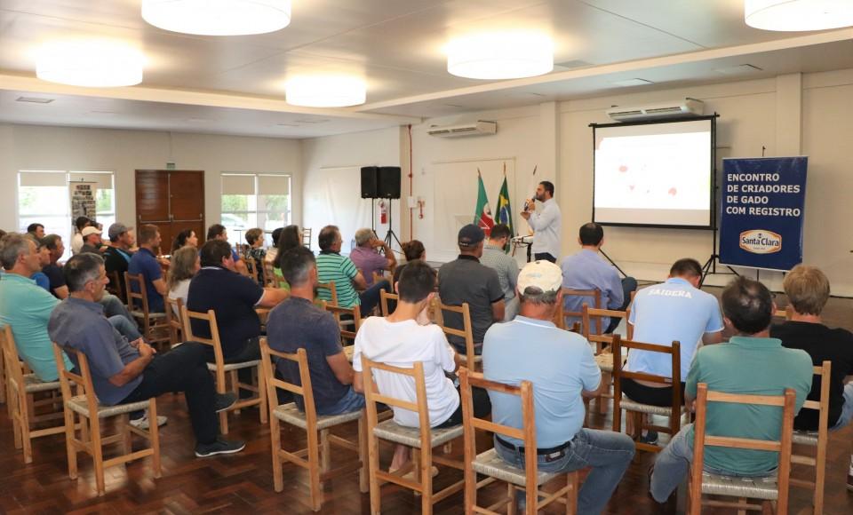 Santa Clara realiza o 19º Encontro de Criadores de Gado com Registro