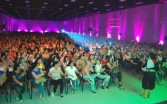12º Encontro de Mulheres com Atividade no Leite reuniu 2.000 mulheres em Bento Gonçalves