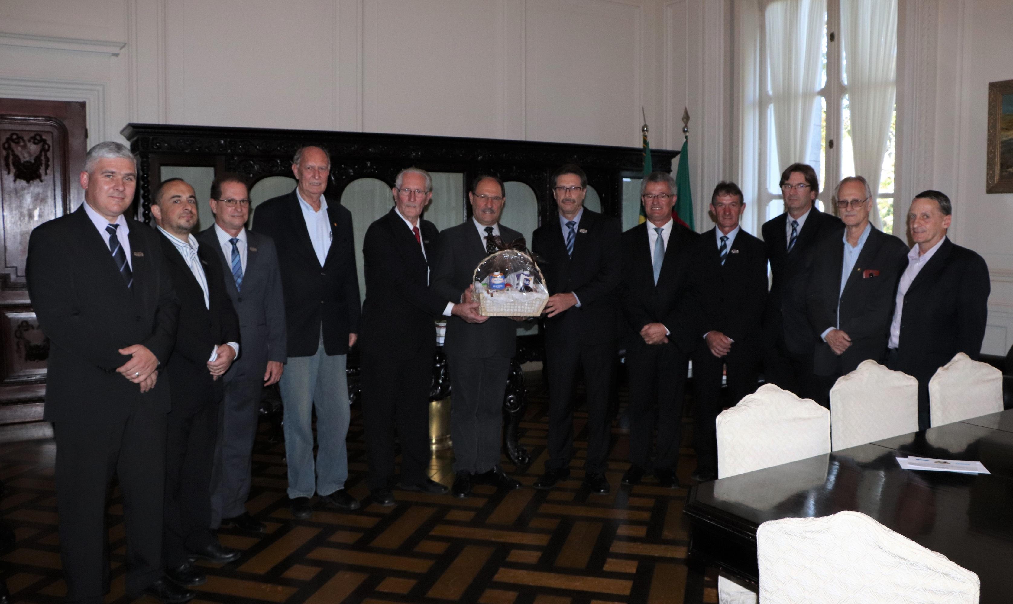 Governador do Estado recebe convite para a Expoclara 2018